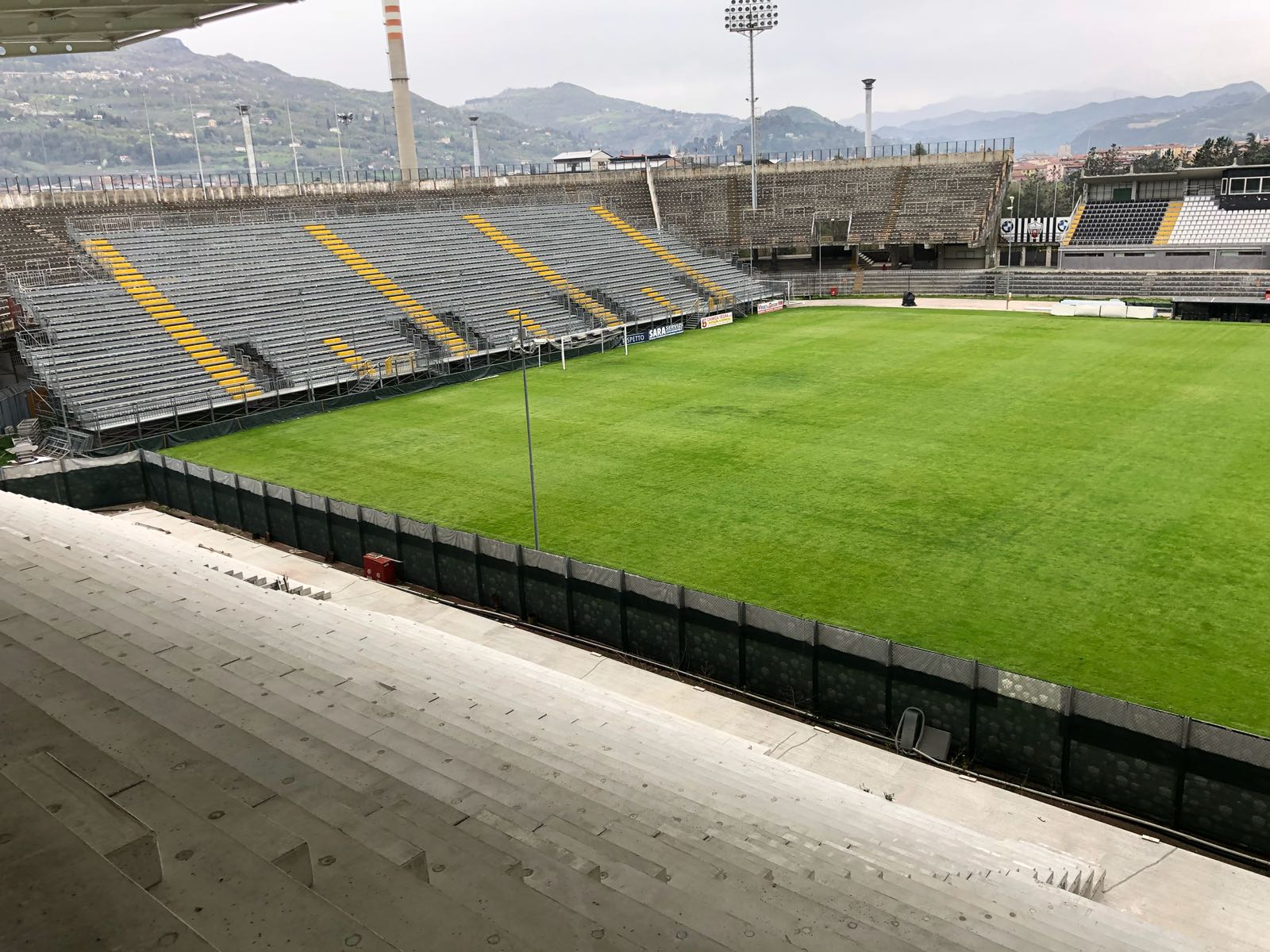 tribuna stadio ascoli 2018-09-08 at 17.45.13