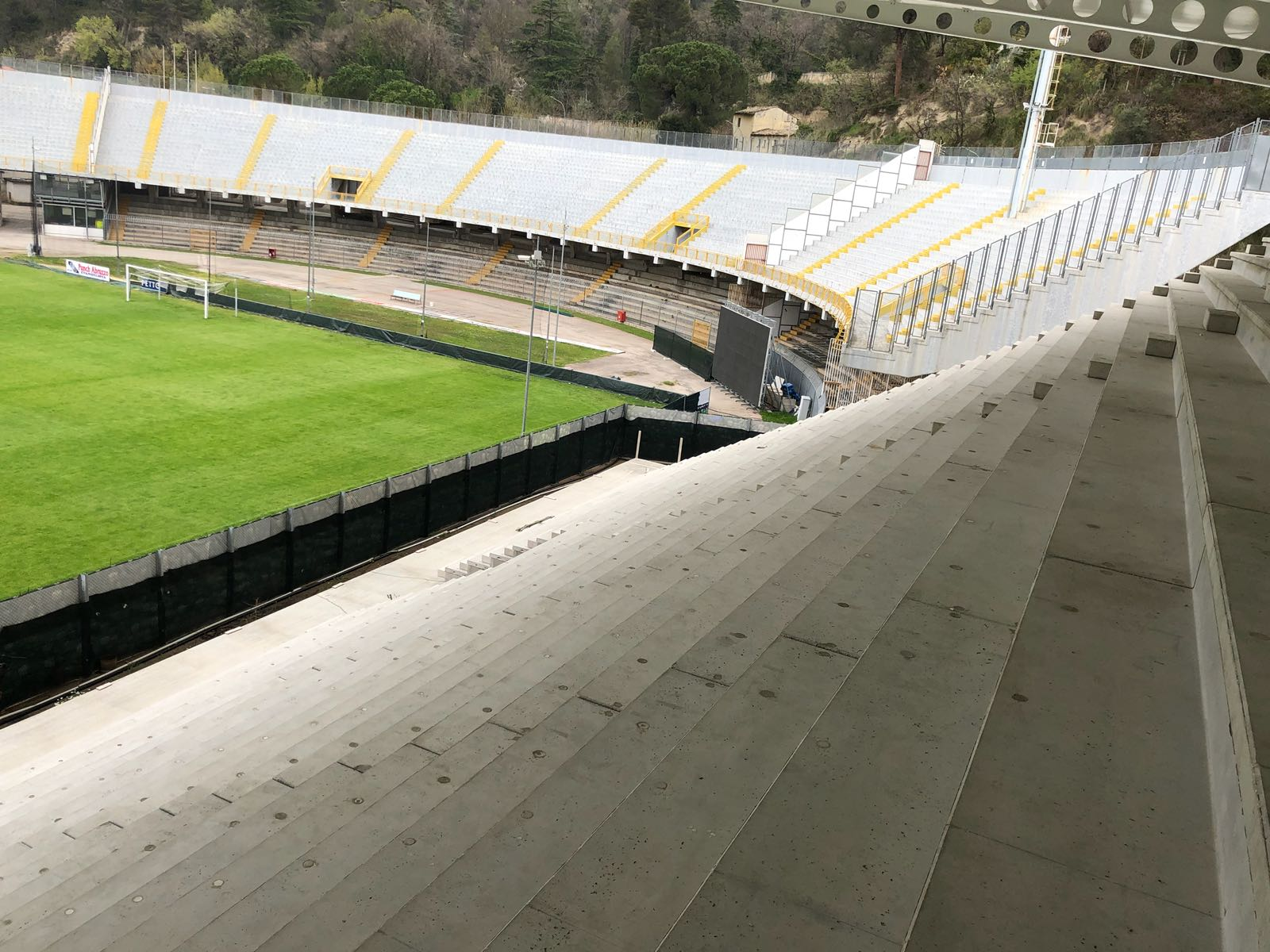 tribuna stadio ascoli 2018-09-08 at 17.45.14